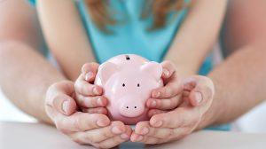 Miten lapselle säästäminen kannattaisi tehdä?